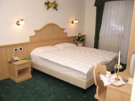 Four-bedded room